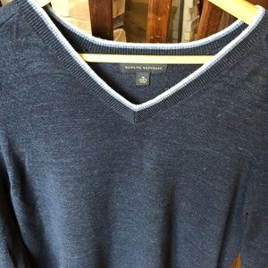 Banana Republic Sweaters - Banana Republic Cotton V neck pullover